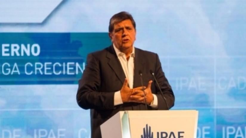 Alan García: Hay que declarar en emergencia la inversión pública y empleo