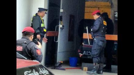 Extorsionadores colocan granadas en puerta de municipio de Huaura